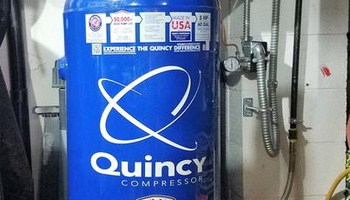 Quincy Compressor - QT-54