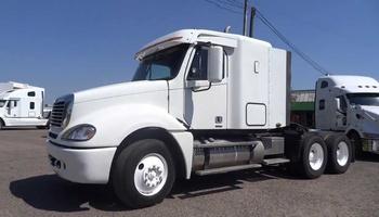 Freightliner - CL120