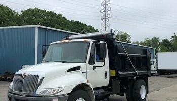 International - 4300 Dump Truck