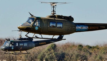 Bell - UH-1H Huey Helicopter II