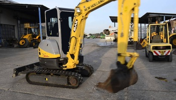 New Holland - E30.2SR
