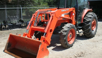 Kubota - M8200 Narrow ROPS