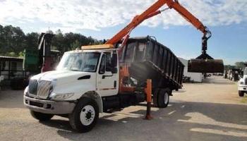 International - 4300 Grapple Truck (Loader Truck)